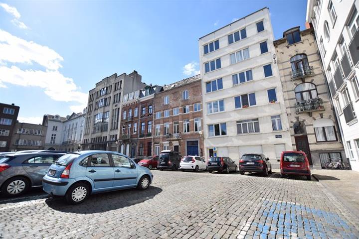 Immeuble à appartements - Bruxelles - #3716705-1