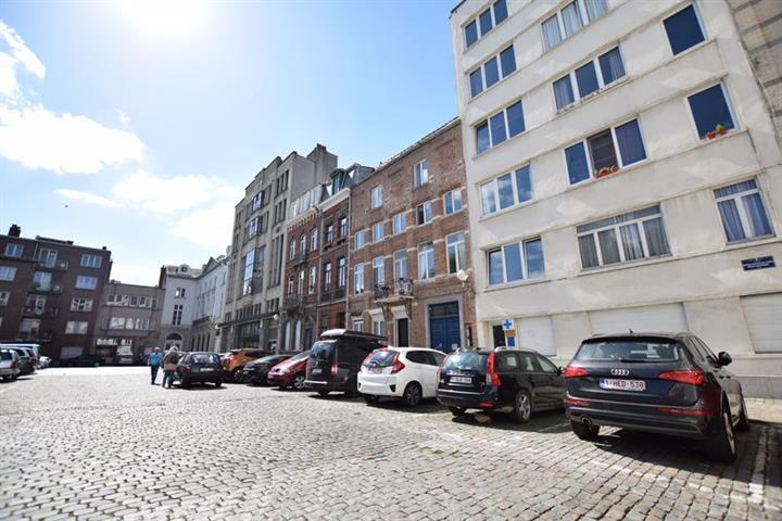 Immeuble à appartements - Bruxelles - #3716705-3