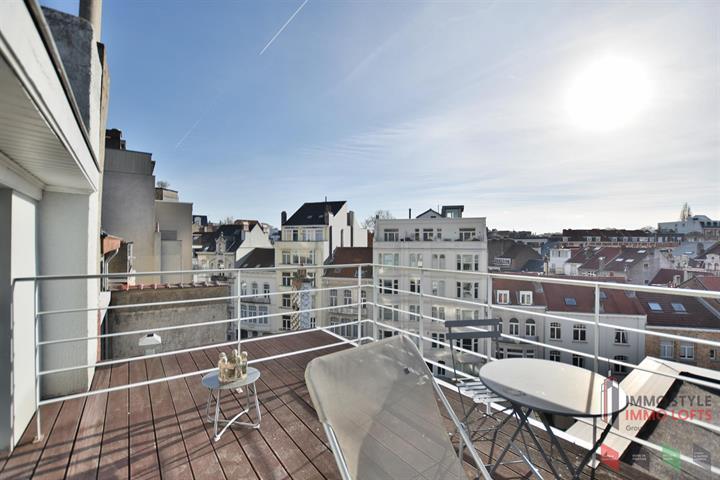 Appartement - Etterbeek - #3752719-0