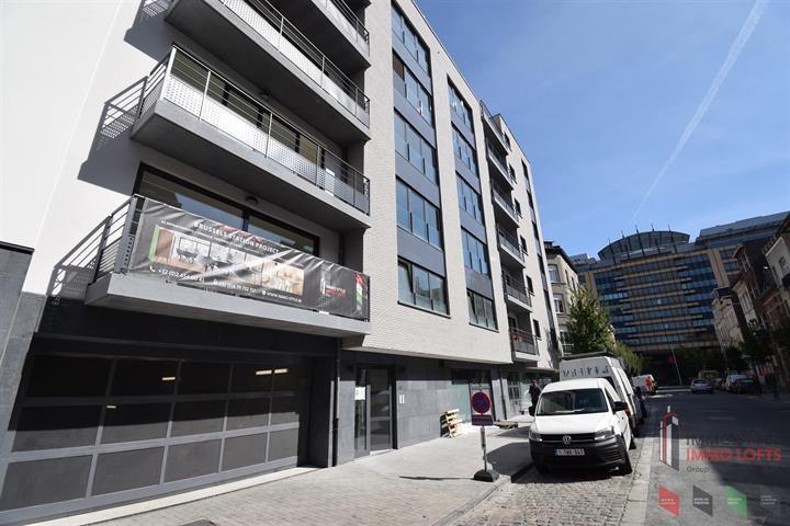 Commerce individuel - Anderlecht - #3801913-0